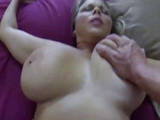 Chubby chick loves to take it roughly
