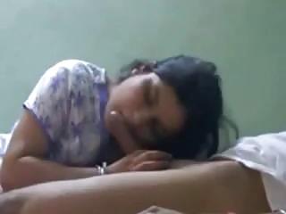 Sri Lankan Indian wife tastes cum