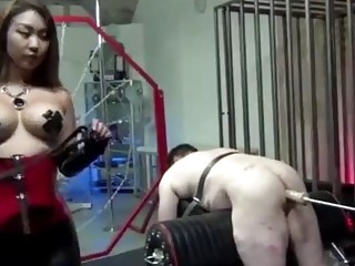 Dominant amateur Asian making her man submit