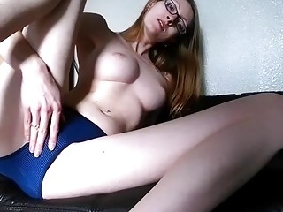 Hot geeky chick is masturbating with a big dick