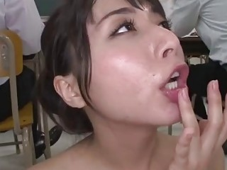 Bukkake with the hot Japanese babe in school