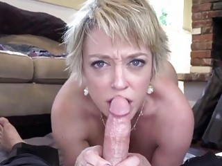 Blonde mom shows off her body before sucking