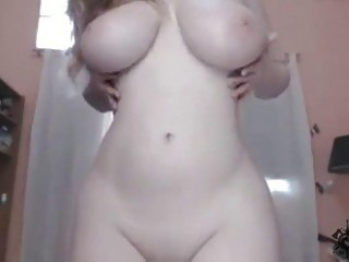 Smoking cam girl shows off her perfect curves