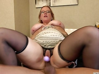 Chubby mature naughty fucks hardcore in stockings and high heels
