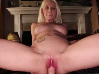 Tattooed naughty Stevie Shae fucks hardcore in her shaved pussy